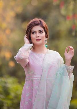 sarah fayyaz